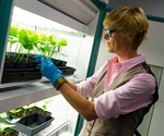 Researchers work on developing COVID-19 vaccine using plant virus