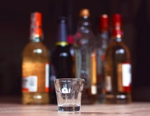 Study identifies variants and genes linked to alcohol consumption