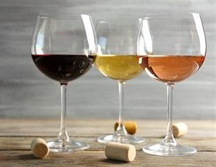 Oak coumarins could produce bitter taste in spirits,wine
